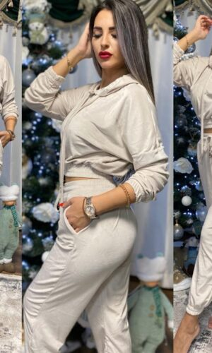 Velvet Simple Kisa Suit